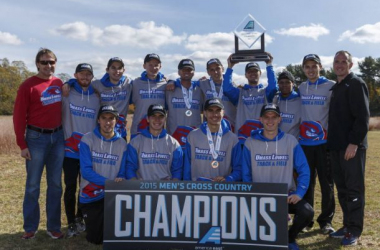 America East cross country champions UMass Lowell. Doug Austin/America East.