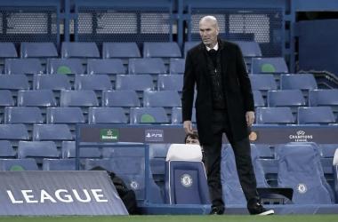 Zidane em Chelsea 2 a 0 Real Madrid (UEFA / Divulgação)