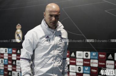 """Zinedine Zidane: """"Eden Hazard está bien, sin molestias"""""""