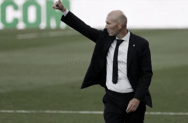 Zidane iguala a Vicente del Bosque
