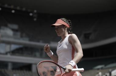Zidansek supera Badosa em três sets e faz história em Roland Garros
