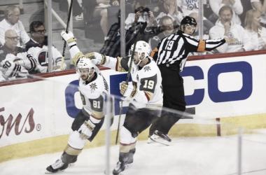 Los Golden Knights celebrando un gol |Las Vegas Review-Journal