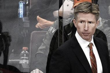 Hakstol deja su puesto como jugador de los Flyers (NBCSports.com)