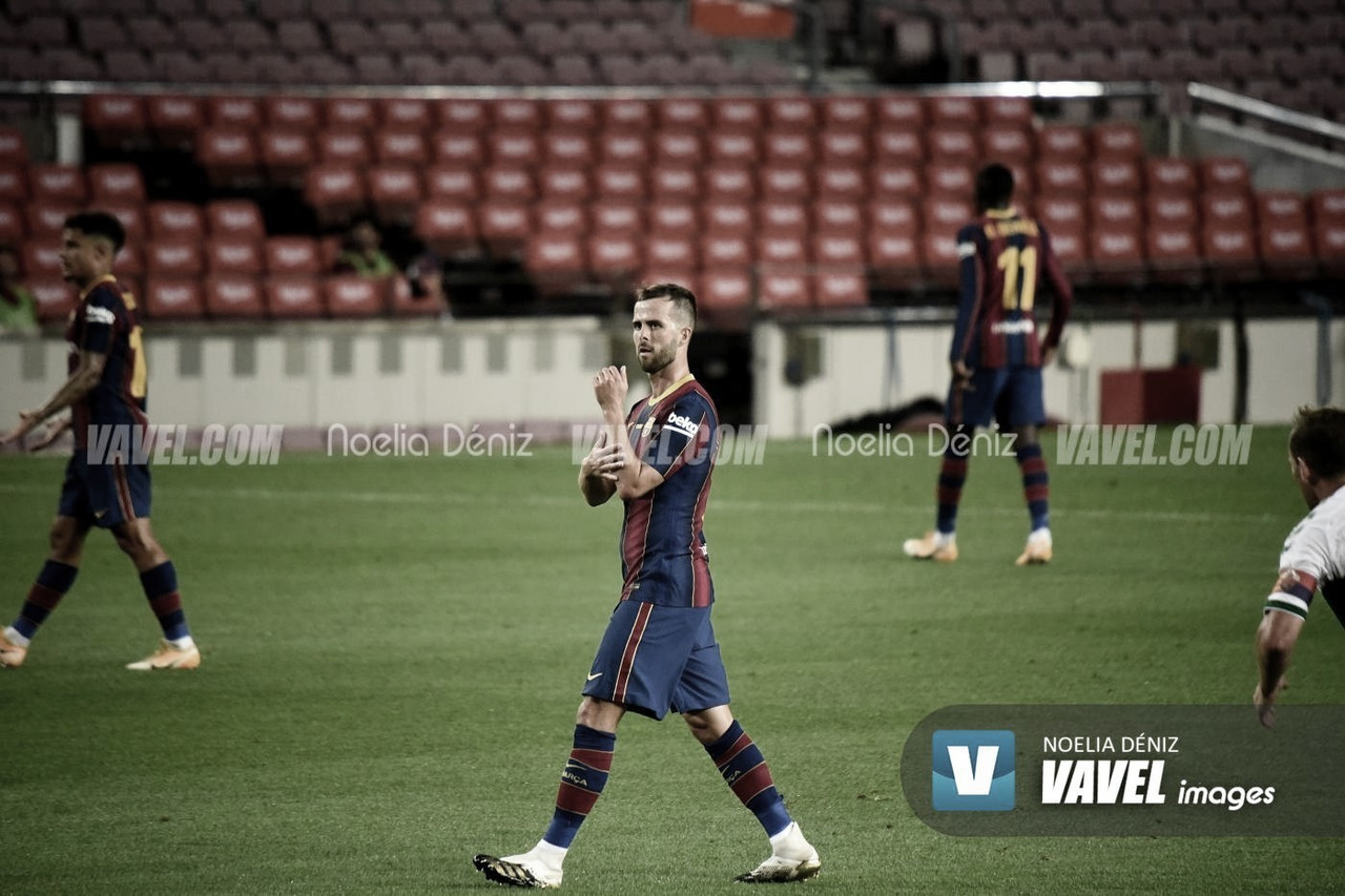 Miralem Pjanic en un partido de la actual temporada./ Imagen de Noelia Déniz, VAVEL.