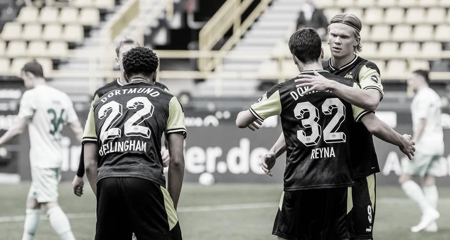"""Borussia Dortmund goleia Werder Bremen e pede foco na reta final da Bundesliga: """"Temos que vencer, não importa como"""""""