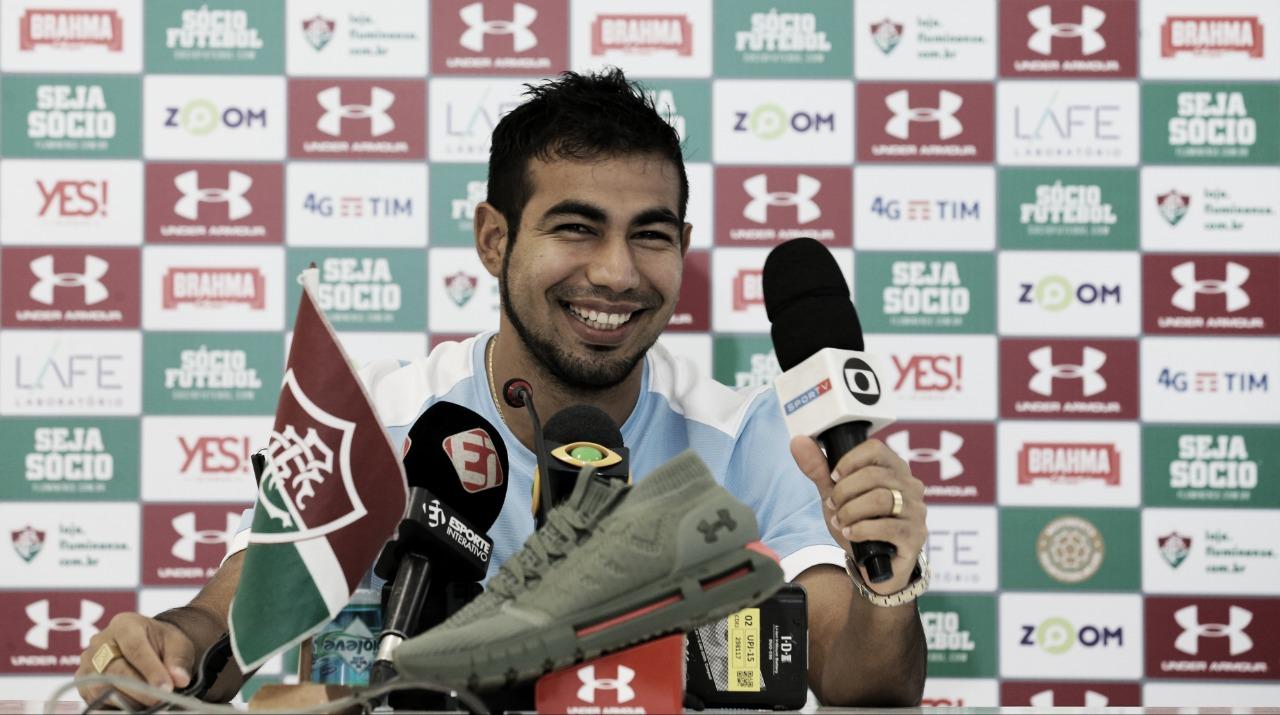 Sornoza sonha com Libertadores e pede inteligência ao Fluminense para sequência em casa