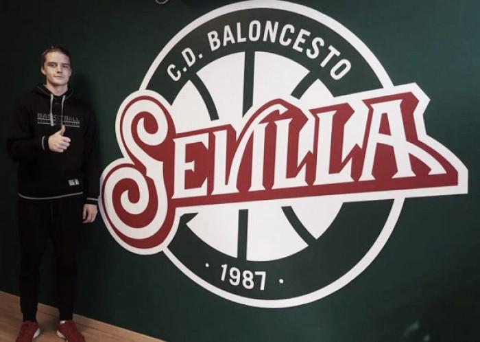 Ludde Hakanson llega a Sevilla cedido por el FC Barcelona