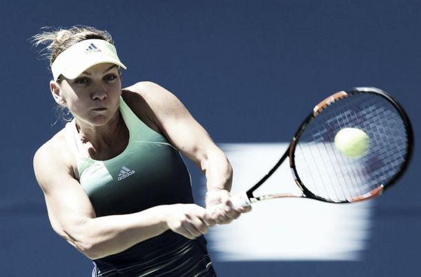 WTA Cincinnati: Bencic rullo compressore, avanti Halep e Serena