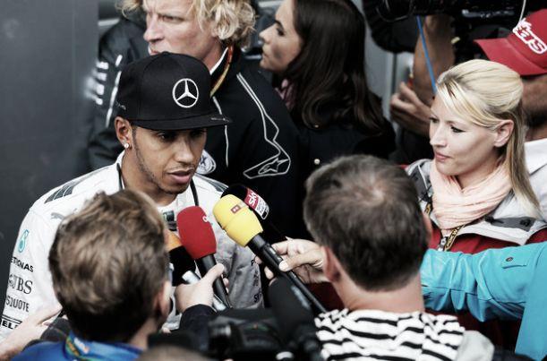 """Lewis Hamilton: """"Ha sido importante aprovechar el tiempo en la pista"""""""