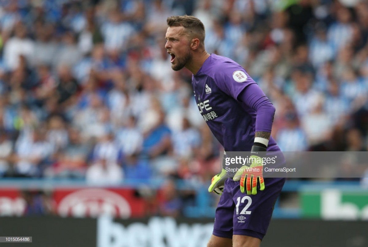 "Ben Hamer reacts to Chelsea's penalty against Huddersfield Town: ""It looked soft to me"""