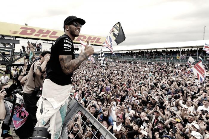 """Hamilton superstar: """"Non mi interessa ciò che la gente pensa, lontano dal Circus dopo il ritiro"""""""