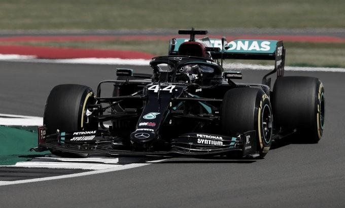 GP da Inglaterra 2020:vitória dramática de Lewis Hamilton