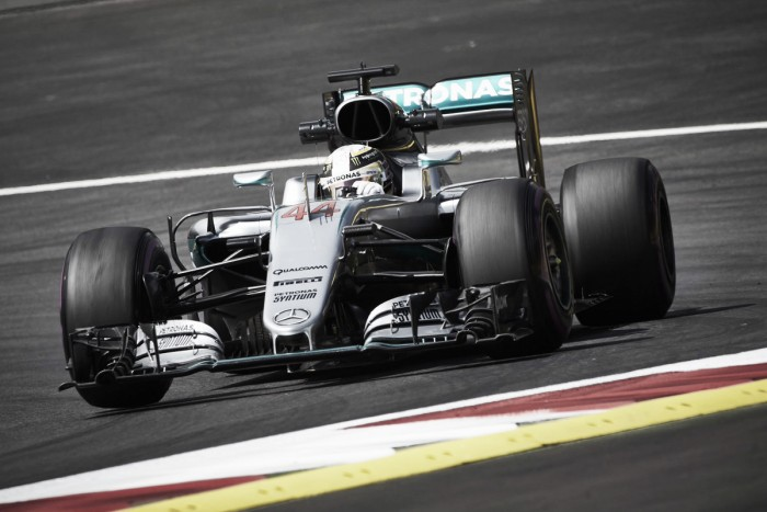 Com variações de clima e muitas surpresas, Lewis Hamilton faz a pole do GP da Áustria de F1