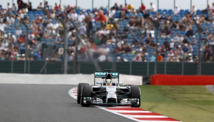 Gran Premio di Gran Bretagna - Pole spaziale di Hamilton, Raikkonen davanti a Vettel