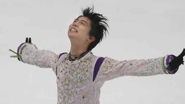Hanyu, Medvedeva Win Grand Prix Finals Gold
