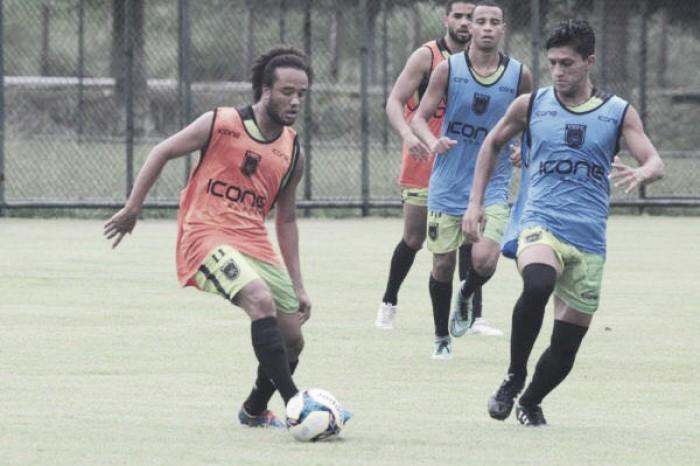 Volante Pietro projeta 2018 no Volta Redonda e deseja boa sorte ao sub-20 na Copa SP
