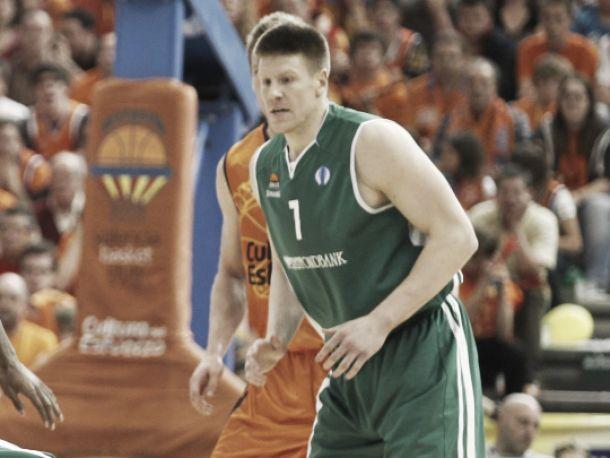 Valencia Basket ficha a Luke Harangody
