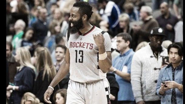 NBA - Il derby texano non tradisce le attese: Harden redime Houston a Dallas