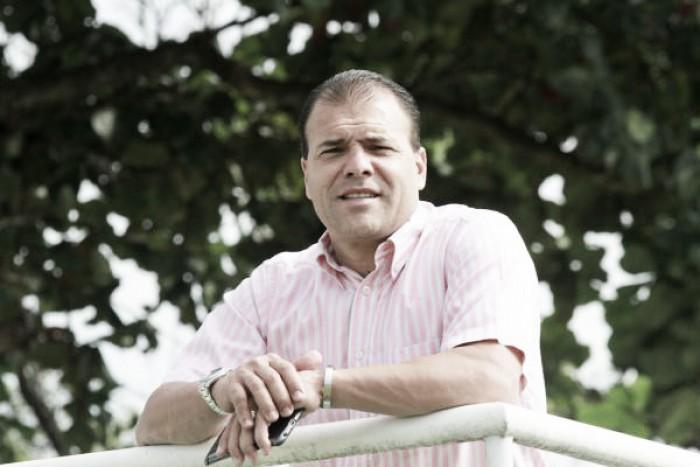 Após mais uma temporada ruim, Sérgio Rassi recoloca Harlei na direção de futebol do Goiás