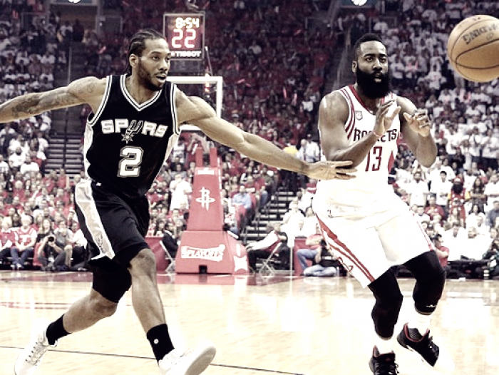 NBA Playoffs - Gli Spurs mandano Harden e i Rockets fuori giri: gara 3 è di Popovich