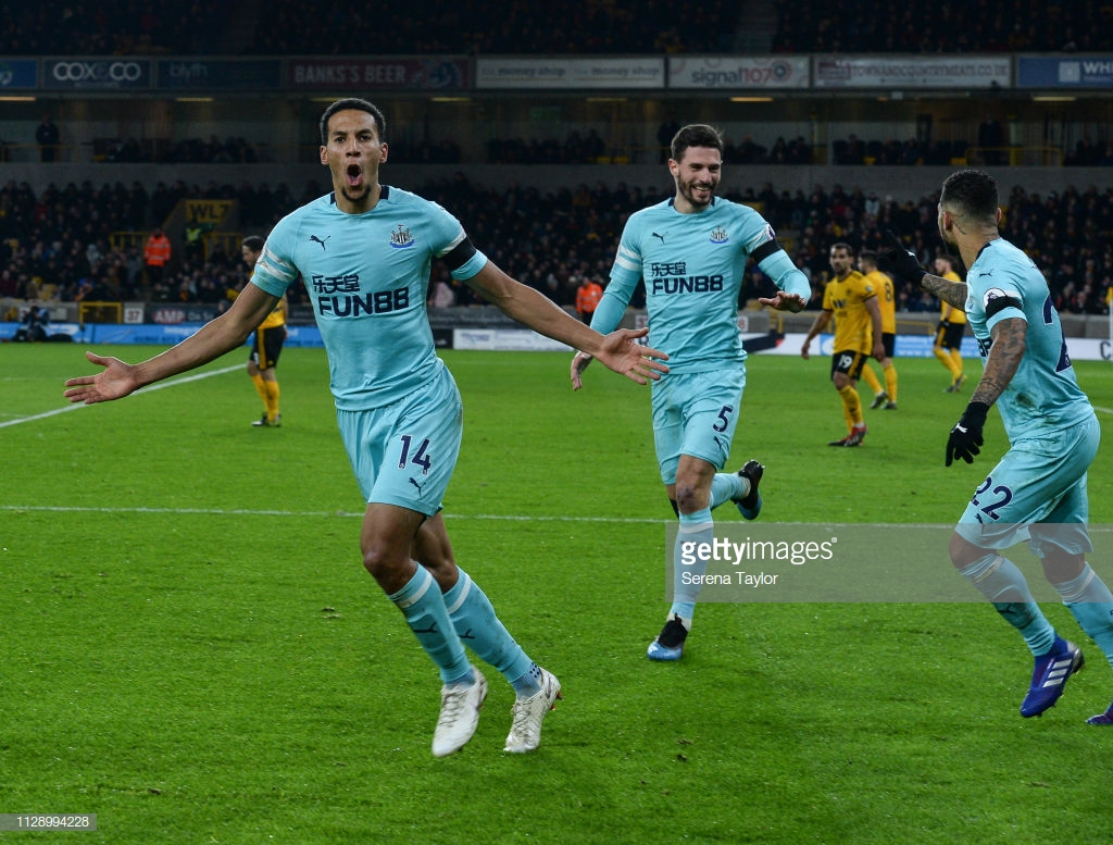 Isaac Hayden thanks Newcastle fans for sticking with him