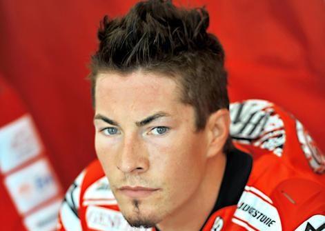 Nicky Hayden renueva con Ducati