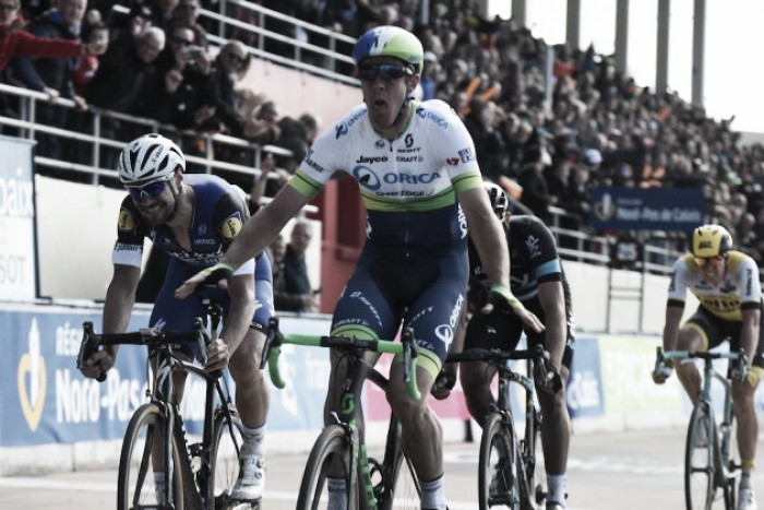 Paris-Roubaix: Hayman wins in chaotic race