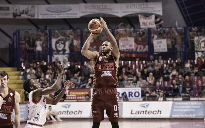 Legabasket Serie A - Venezia con grinta e grande mira, Pistoia si arrende in gara1