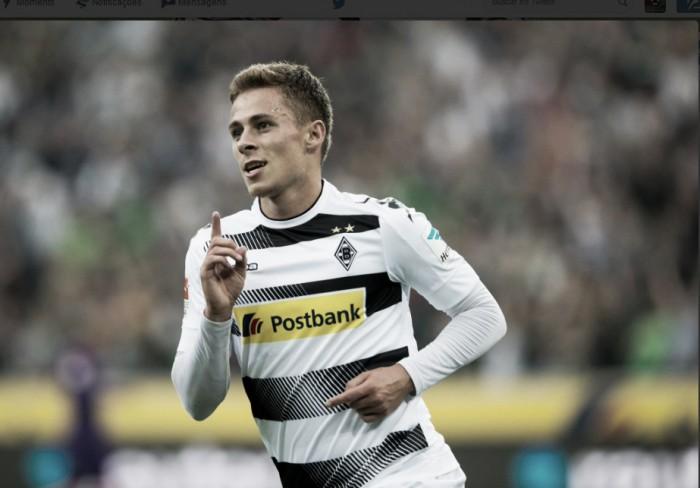 Com grandes atuações de Raffael e Hazard, Gladbach goleia Werder Bremen