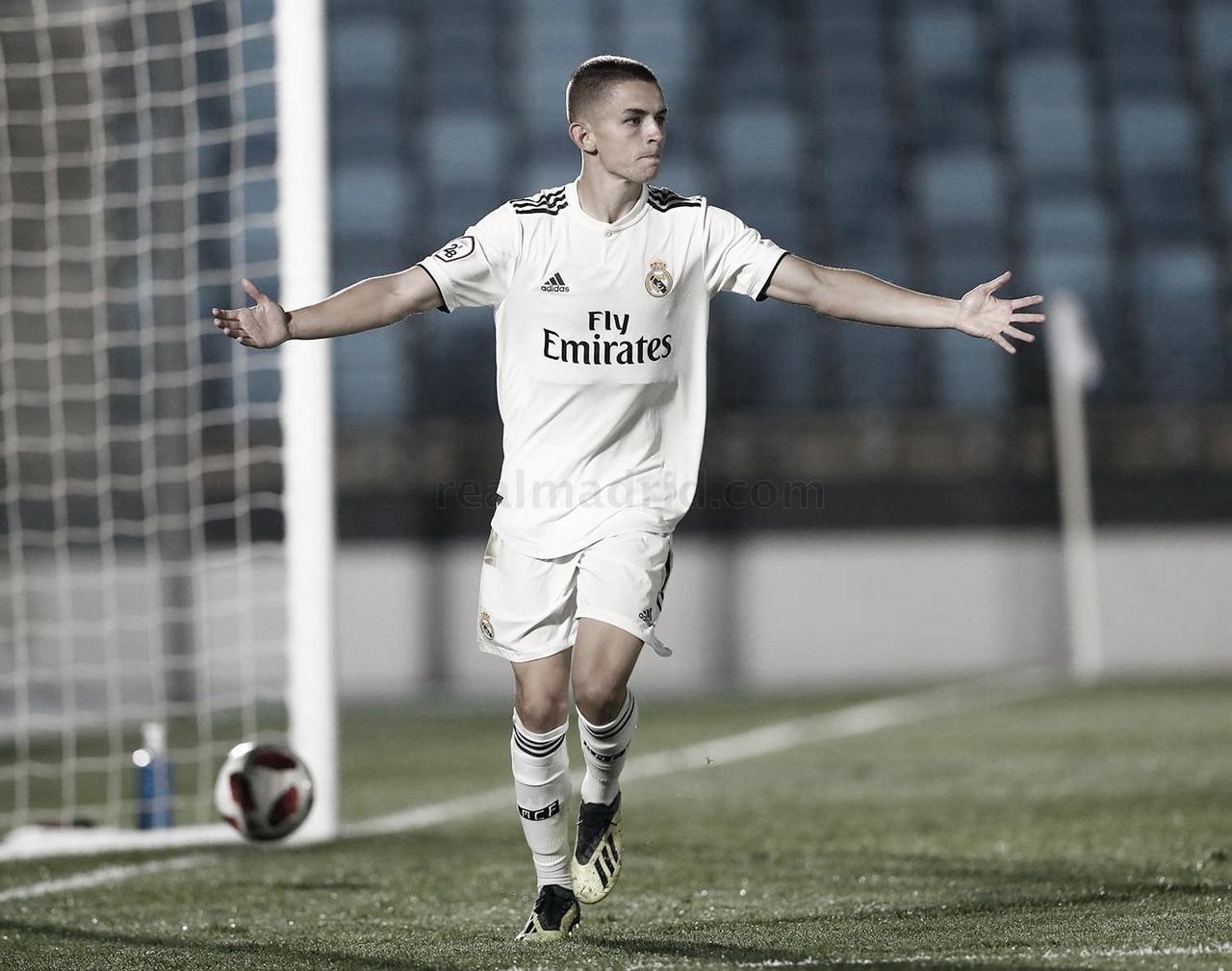 Sporting de Gijón y Real Oviedo, tras los pasos de Álvaro Fidalgo