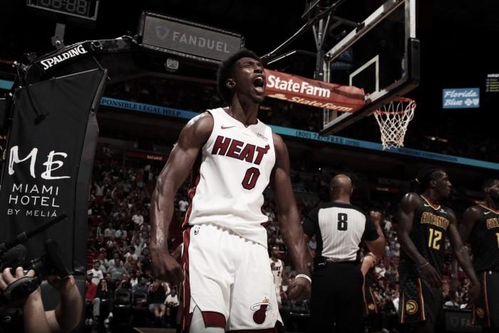 Heat vence Hawks em noite de gala do trio Ellington, Dragic e Richardson