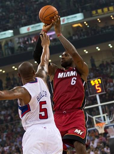Pretemporada NBA: los Knicks triunfan a base de triples mientras China disfruta de la NBA
