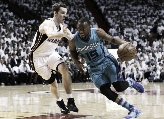 Miami Heat pound Charlotte Hornets 123-91 behind 31 points from Luol Deng