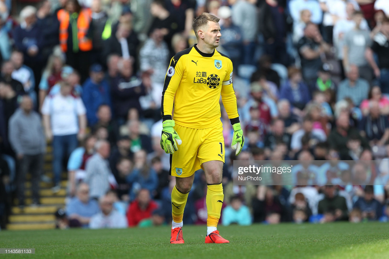 Tom Heaton set for Burnley departure with Aston Villa leading the chase