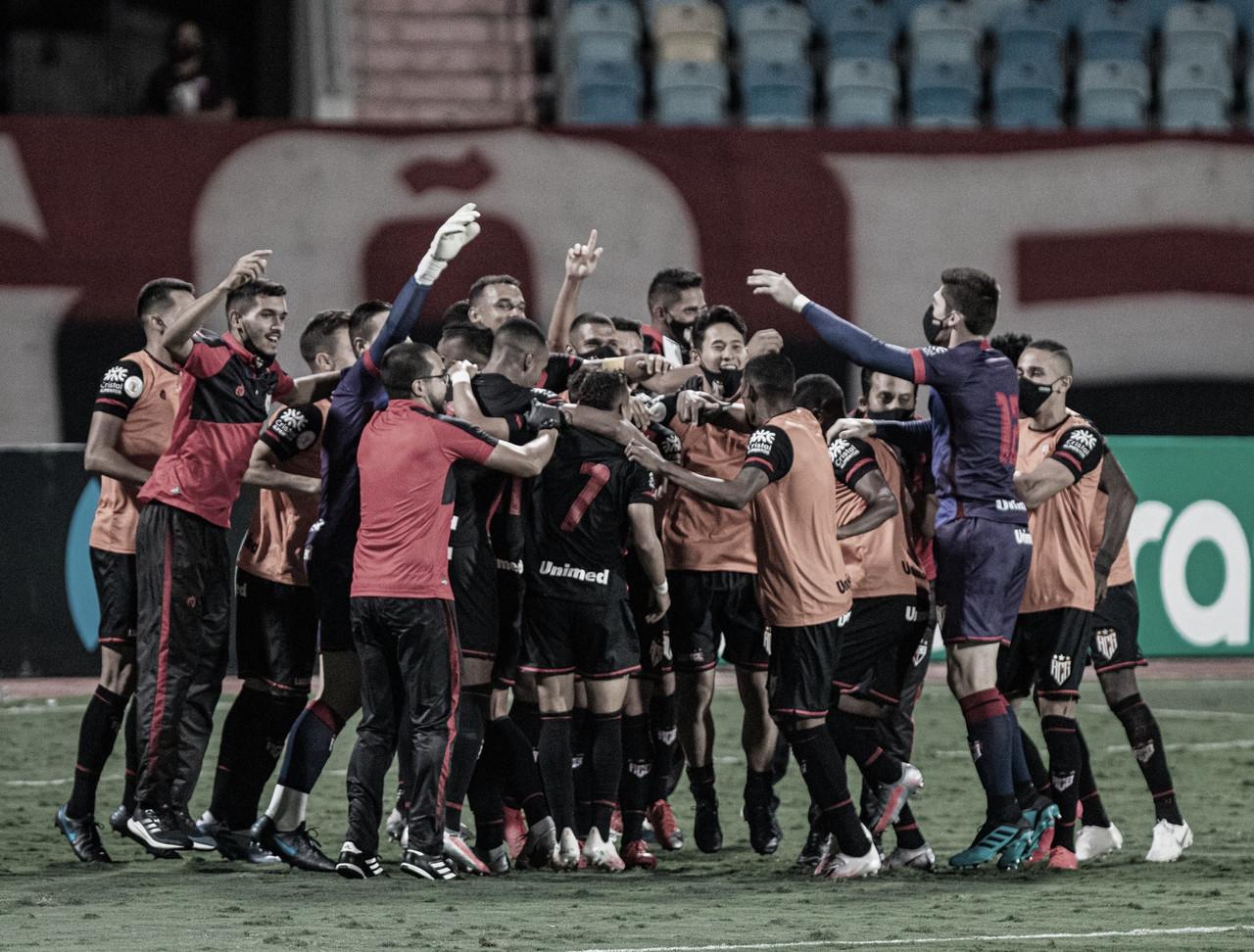 Com gol nos acréscimos, Atlético-GO elimina Fluminense e avança às oitavas da Copa do Brasil