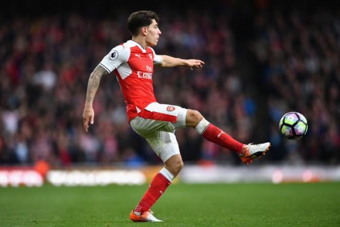 Arsenal, Bellerin rinnova e s'infortuna: out un mese