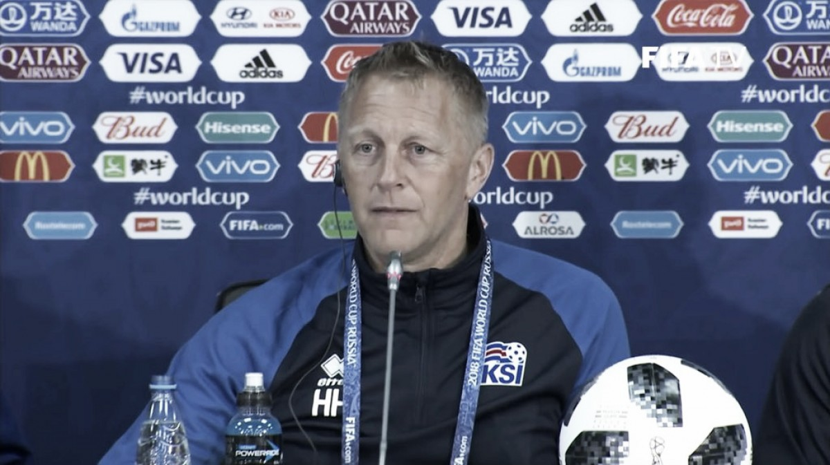 """Hallgrímsson: """"No creo que Argentina arme su equipo pensando en nosotros"""""""