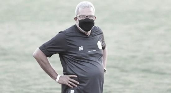"""Hélio dos Anjos lamenta fim de invencibilidade, mas não via como peso: """"É complemento importante"""""""