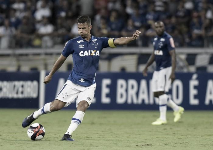 Contra Palmeiras, capitão Henrique chega à marca de 400 jogos com camisa do Cruzeiro
