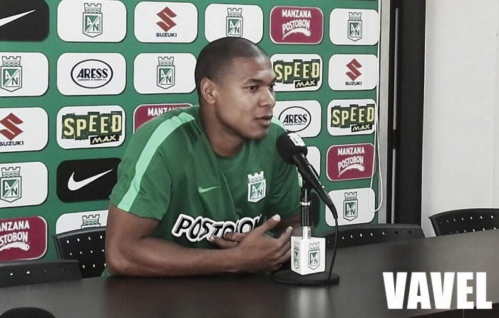 """Alexis Henríquez: """"Estos tres entrenamientos han sido positivos"""""""
