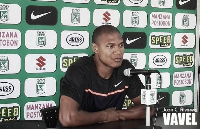 """Alexis Henríquez: """"Con el apoyo de los hinchas, las cosas se nos hacen más fáciles"""""""