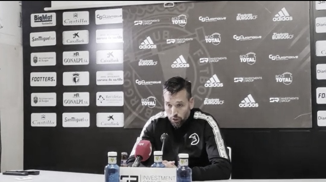 """Hernán Pérez: """"Es la primera vez en todo el año en que hemos perdido por dos goles de diferencia, eso no lo pueden decir muchos equipos"""""""