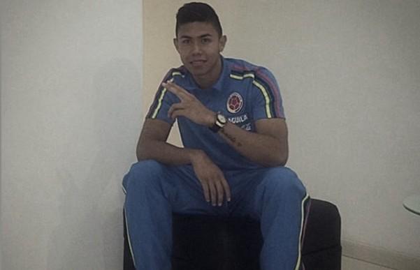 Nicolás Hernández llega a Santa Fe para rejuvenecer la defensa