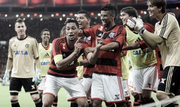 """""""Rei do Maracanã"""", Hernane comemora gol do título e exalta torcida"""
