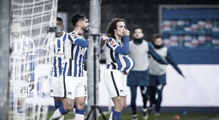 Primera victoria del año para Hertha Berlin contra un destrozado Schalke 04