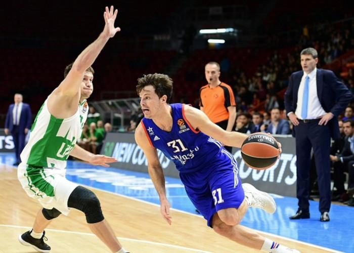 Eurolega - Efes vittorioso a suon di triple: Heurtel e Thomas trascinano i turchi contro l'Unics