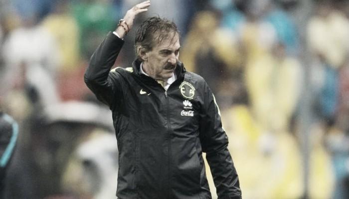 """Ricardo Antonio La Volpe: """"Chivas debió terminar con uno menos"""""""