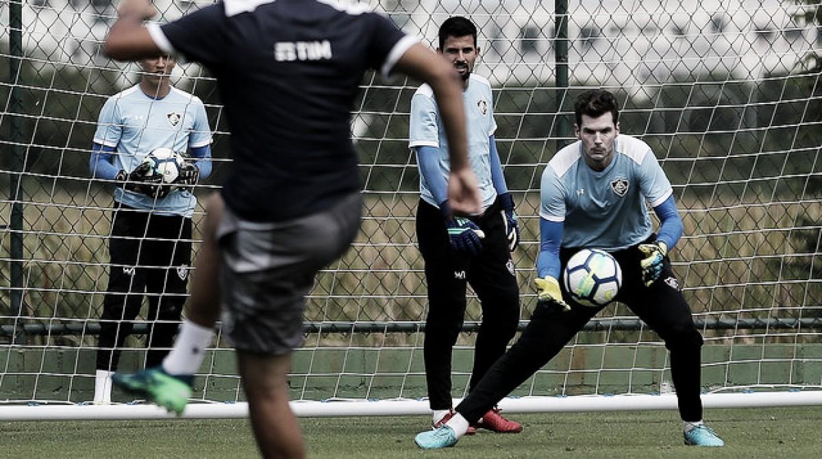 Goleiros do Fluminense têm contrato encerrando no fim do ano e diretoria pode apostar na base