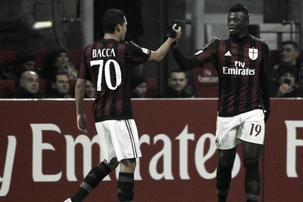 Bacca le ganó el duelo a Muriel en Italia
