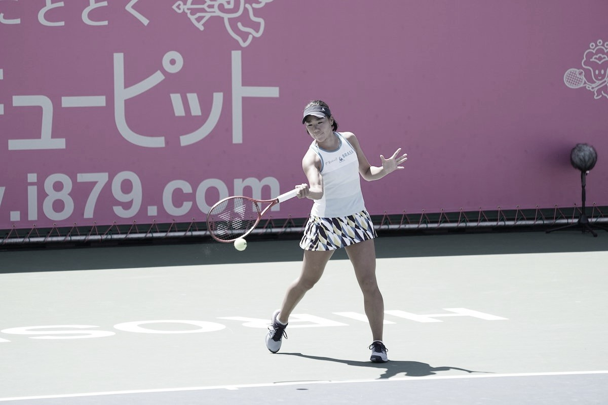 Hibino vence final japonesa contra Doi e é campeã do WTA de Hiroshima